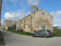 frazione di Buseto Palizzolo - chiesa diroccata - 18 gennaio 2009   - Bruca (5613 clic)