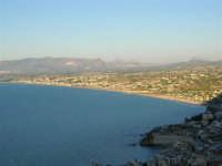 Dal Belvedere: il Golfo di Castellammare - 4.7.2005  - Castellammare del golfo (1496 clic)