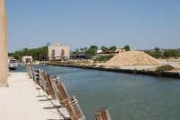 Saline Infersa e canale dell'imbarcadero per l'isola di Mozia - 25 maggio 2008   - Marsala (905 clic)