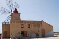 Mulino a vento nella Riserva delle Isole dello Stagnone di Marsala - 25 maggio 2008   - Marsala (931 clic)