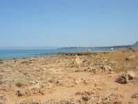 Golfo del Cofano: paesaggio brullo e mare spettacolare - 23 agosto 2008  - San vito lo capo (534 clic)