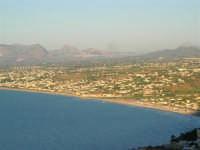 Dal Belvedere: il Golfo di Castellammare - 4.7.2005  - Castellammare del golfo (1337 clic)
