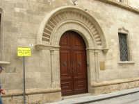 Palazzo in via Garibaldi - 2 ottobre 2005   - Trapani (1372 clic)