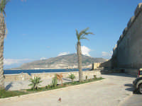 Via Delle Sirene: Bastione di S. Anna o Imperiale e monte Erice - 28 settembre 2008   - Trapani (1031 clic)