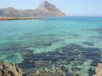 Golfo del Cofano: scogli e mare spettacolare - 23 agosto 2008  - San vito lo capo (680 clic)