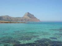 Golfo del Cofano: scogli e mare spettacolare - 23 agosto 2008  - San vito lo capo (767 clic)