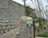 Quartiere Spagnolo - 25 aprile 2006  - Erice (3233 clic)