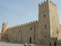 Castello dei Conti di Modica, lato nord - 12 settembre 2008   - Alcamo (859 clic)