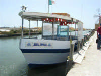 canale dell'imbarcadero per l'isola di Mozia, Saline Infersa e mulini a vento nella Riserva delle Isole dello Stagnone di Marsala - 25 maggio 2008   - Marsala (1154 clic)