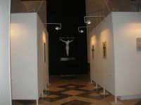 Fulget crucis mysterium - Il genio immortale e la devozione popolare - Across the Cross - il Mysterium Crucis nell'arte contemporanea - Chiesa di Sant'Alberto - 13 marzo 2009   - Trapani (1767 clic)