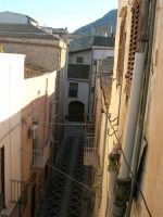 centro storico: via Giuseppe Fazio - 6 gennaio 2007  - Alcamo (1264 clic)