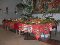 mostra mercato pro adozione a distanza - I.C. Pascoli - 17 dicembre 2007  - Castellammare del golfo (850 clic)