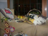 Cene di San Giuseppe - esposizione oggetti artigianali - 15 marzo 2009  - Salemi (2592 clic)
