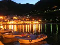 al porto di sera: le barche - 6 gennaio 2007  - Castellammare del golfo (917 clic)