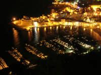 notturna: Cala Petrolo, il Castello, il porto - 18 settembre 2008   - Castellammare del golfo (529 clic)
