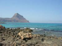Golfo del Cofano: scogli e mare stupendo - 23 agosto 2008  - San vito lo capo (485 clic)