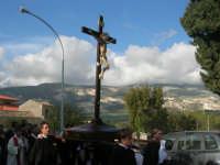 Processione della Via Crucis - crocifisso ligneo della fine del '500 - 5 aprile 2009   - Buseto palizzolo (2209 clic)