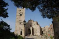 Duomo (sec. XIV) e Torre Campanaria (sec. XIII)- 1 maggio 2008   - Erice (870 clic)
