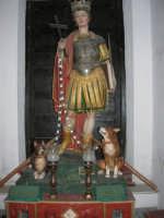 interno della Chiesa S. Sebastiano: statua di S. Vito - 23 aprile 2006  - Chiusa sclafani (5133 clic)