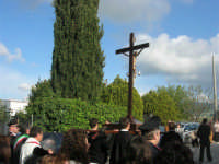 Processione della Via Crucis - crocifisso ligneo della fine del '500 - 5 aprile 2009   - Buseto palizzolo (1834 clic)