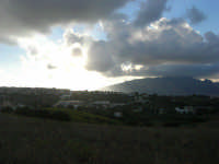 da c/da Sasi: la periferia di Alcamo ed il panorama di ponente 8 ottobre 2007  - Alcamo (683 clic)