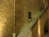 Castello dei Conti di Modica - cortile interno e scala - 23 dicembre 2008    - Alcamo (565 clic)