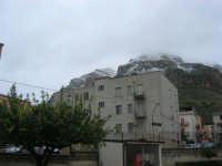 Monte Inici innevato - 14 febbraio 2009   - Castellammare del golfo (1371 clic)