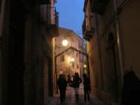 Cene di San Giuseppe - addobbo in strada - 15 marzo 2009   - Salemi (2440 clic)