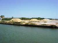 Saline Infersa e canale dell'imbarcadero per l'isola di Mozia - 25 maggio 2008    - Marsala (771 clic)