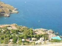 panorama e villaggio turistico, tra San Vito Lo Capo e la Riserva dello Zingaro - 30 agosto 2008   - Calampiso (3045 clic)