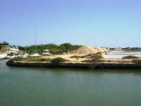 Saline Infersa e canale dell'imbarcadero per l'isola di Mozia - 25 maggio 2008    - Marsala (781 clic)