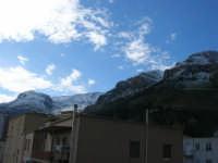 Monte Inici innevato - 14 febbraio 2009   - Castellammare del golfo (1400 clic)