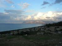tra terra e cielo: vista sul golfo di Castellammare - 7 ottobre 2007   - Alcamo marina (852 clic)