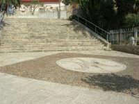 piazzale e gradinata del Santuario della Madonna dei Miracoli - 6 settembre 2008   - Alcamo (687 clic)