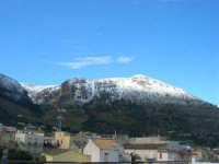 Monte Inici innevato - 14 febbraio 2009   - Castellammare del golfo (1432 clic)