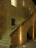 Castello dei Conti di Modica - cortile interno e scala - 23 dicembre 2008    - Alcamo (555 clic)