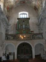 interno della Chiesa S. Sebastiano: l'organo - 23 aprile 2006  - Chiusa sclafani (1502 clic)
