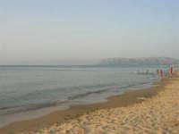 Sabbia, mare e monti di Palermo - 18 luglio 2005  - Alcamo marina (2007 clic)