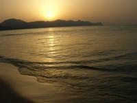 Tramonto sul Golfo di Castellammare (1)- 18 luglio 2005  - Alcamo marina (1790 clic)