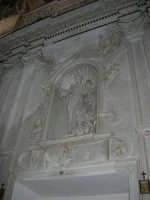 interno della Chiesa S. Sebastiano - 23 aprile 2006  - Chiusa sclafani (1113 clic)