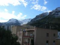 Monte Inici innevato - 14 febbraio 2009   - Castellammare del golfo (1888 clic)
