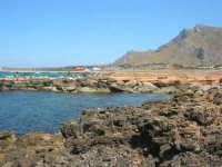Golfo del Cofano - scogliera, mare stupendo - 30 agosto 2008  - San vito lo capo (540 clic)