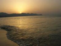Tramonto sul Golfo di Castellammare (3)- 18 luglio 2005  - Alcamo marina (1512 clic)