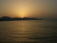 Tramonto sul Golfo di Castellammare (4)- 18 luglio 2005  - Alcamo marina (1426 clic)