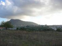 da c/da Sasi: Alcamo ed il monte Bonifato - 8 ottobre 2007  - Alcamo (797 clic)