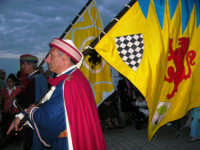 Louis Vuitton Acts 8&9 - Al porto mini sfilata storica pisana: gli sbandieratori - 2 ottobre 2005  - Trapani (1921 clic)