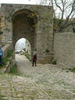 Porta Spada - sec. VIII-VI a.c. - 25 aprile 2006   - Erice (3340 clic)
