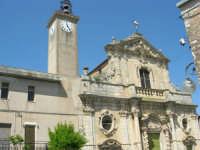 Chiesa S. Maria Assunta: risale alla prima metà del XV secolo; colpisce per il singolare prospetto barocco - 23 aprile 2006  - Chiusa sclafani (1077 clic)