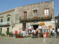 Piazza Umberto I - 1 maggio 2008   - Erice (724 clic)