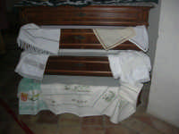 Cene di San Giuseppe - mostra di manufatti - ricami - 15 marzo 2009   - Salemi (1865 clic)
